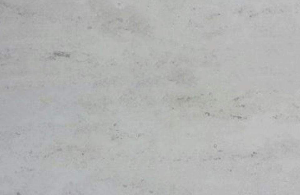 Jura-Travertin - Verwendung als Bodenplatten, Treppen und Fensterbänke